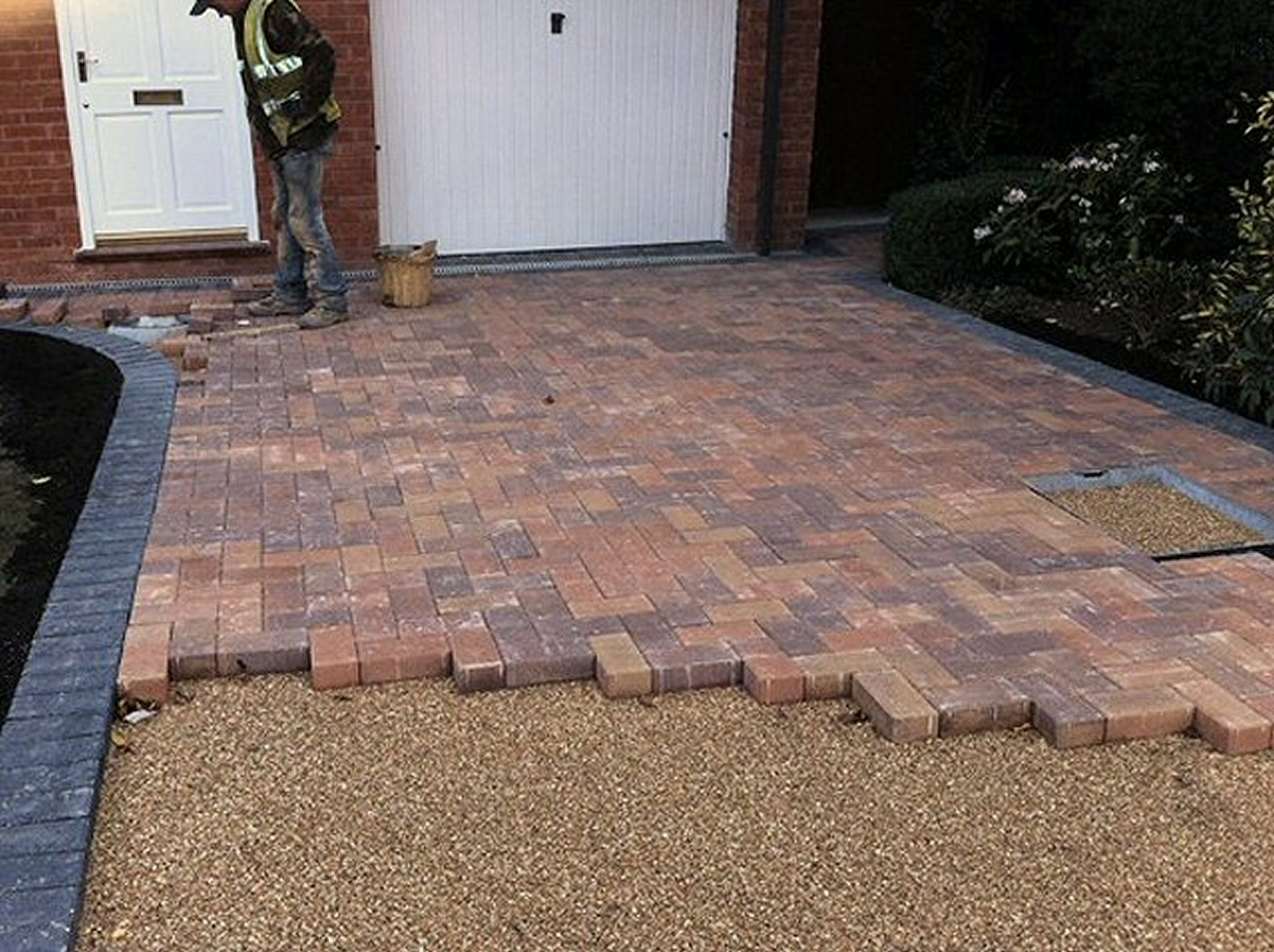 Driveways and patios abacus landscaping design for Front garden block paving designs